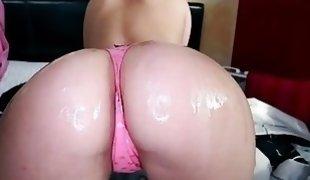 Nice booty Dani Daniels sucks and rides