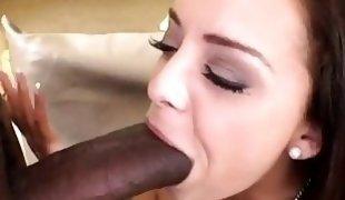 Liza Del Sierra tries big cock