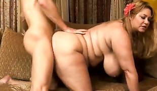 Michael Vegas gets pleasure from fucking Samantha