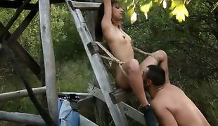 Brunette Kandice gets turned on then mouth fucked
