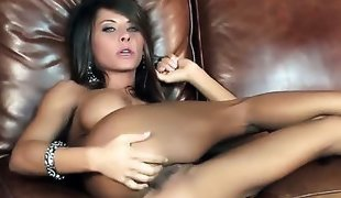 Madison Ivy with juicy knockers and trimmed cunt