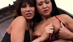 Graceful Japanese sluts enjoy a raunchy anal three